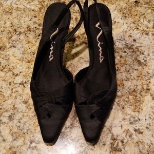 Nina Black satin heels Size 10M